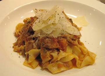 Resep Pasta:Homemade Parpadelle with Duck Ragout