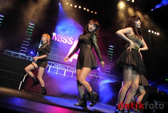 Foto Aksi Miss A Sexy Girlband Korea