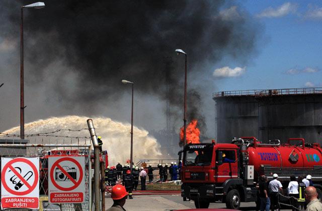 Kilang Minyak di Kroasia Terbakar