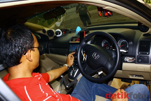 Honda CR-V Bisa Mantau Rumah dan Kantor