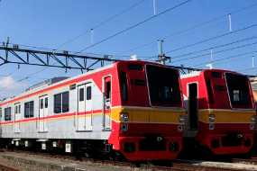FOTO KERETA API TERBARU Harga Tiket Kereta 2011
