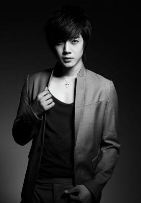 VIDEO KIM HYUN JOONG BOYBAND SS501 Yotube