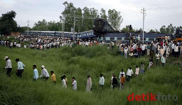 Kereta Tergelincir di India, 35 Orang Tewas