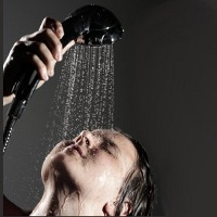http://images.detik.com/content/2011/07/21/766/shower-ts-dlm.jpg