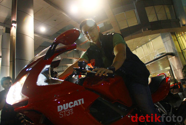 Gunawan dan Motor Ducatinya