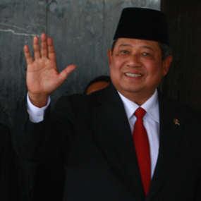 SBY (Dikhy) dalam  SBY Harusnya Tidak Membalas Surat Nazaruddin