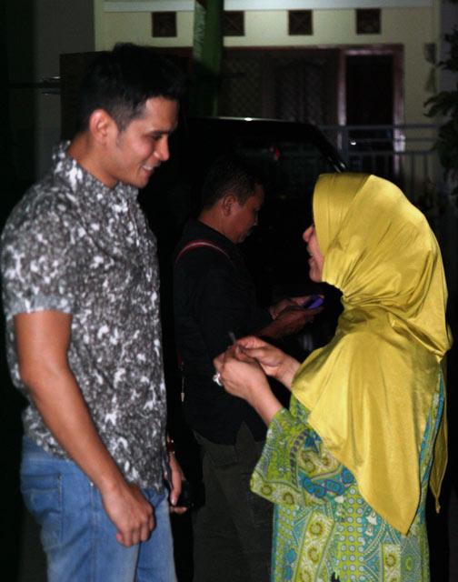 Dorce Mesra dengan Calon Suami
