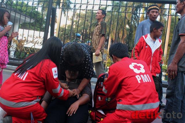 Usai Bertemu SBY, Eka Pingsan di Istana