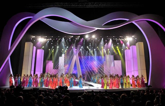 Miss Angola Jadi Pemenang Miss Universe 2011