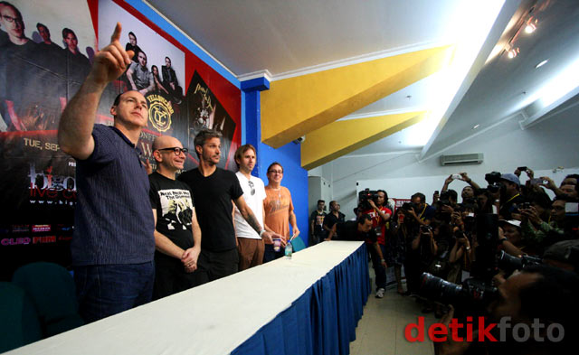 Tiga Band Besar di Big Wave