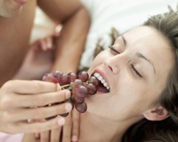 Tips Memanfaatkan Panca Indra untuk Kepuasan Seks