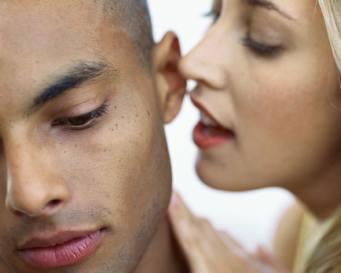 Teknik Mudah Merayu Pasangan untuk Bercinta