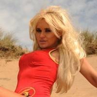 8 Kali Operasi Payudara Karena Terobsesi Pamela Anderson