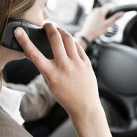 Tak Bisa Lepas dari Ponsel Tanda Gangguan Mental OCD
