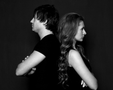 Tips Agar Anda Bisa Berdamai dengan Masa Lalu Pasangan