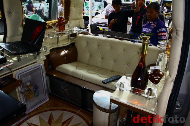Mini Bar Berjalan