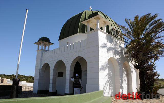Makam Pahlawan Nasional Syekh Yusuf di Afsel