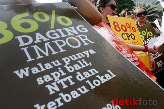 Aksi Tolak Impor Pangan Asing di Bundaran HI
