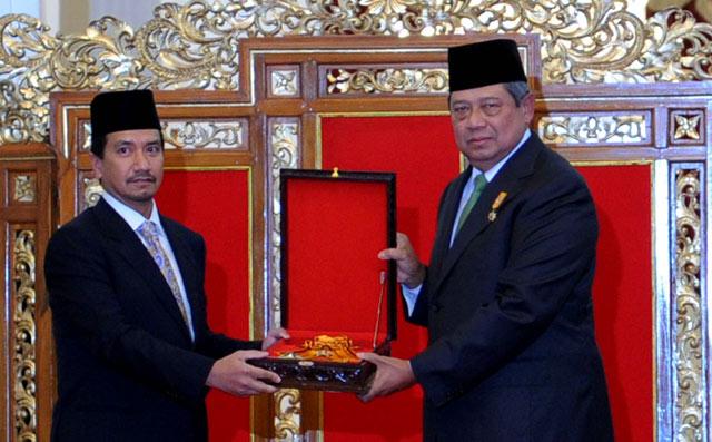 Bintang Kehormatan untuk Raja Malaysia