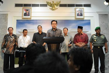 FOTO DAFTAR NAMA MENTERI TERBARU RESHUFFLE | H-1 Reshuffle, 5 Menteri, 1 KaBIN dan 13 Wakil Menteri Baru | Hasil Keputusan Rushuffle