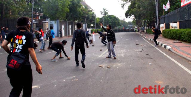 Demo Tuntut SBY-Boediono Mundur Ricuh