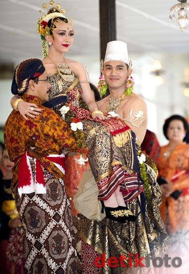 Foto-Foto Prosesi Pernikahan Putri Sultan