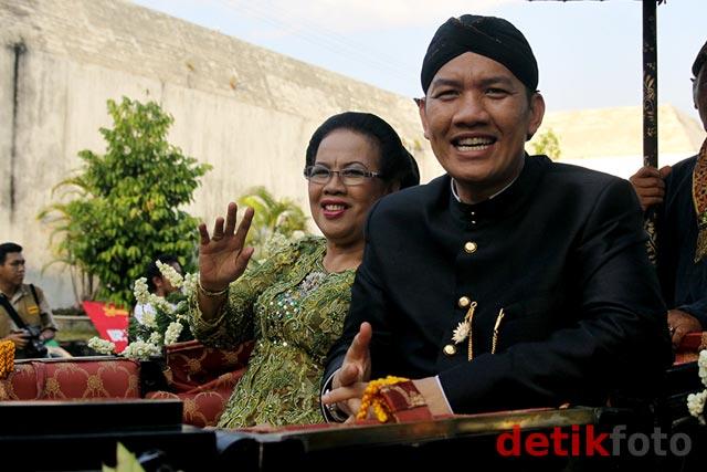 Kirab Pengantin Kraton Yogyakarta