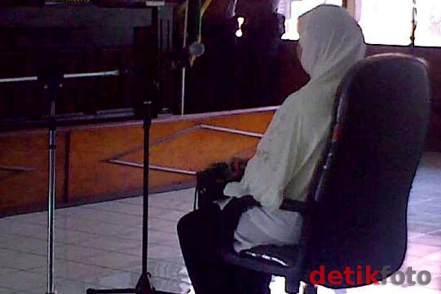 Hakim Imas Jalani Sidang Perdana