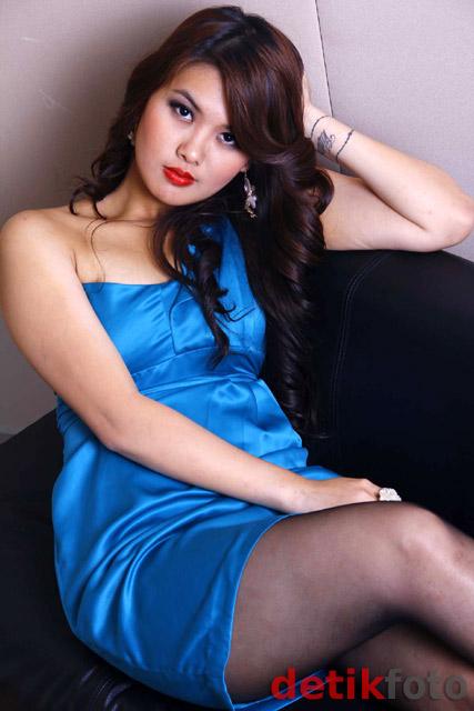 Jennifer Aiko si Pesulap Cantik