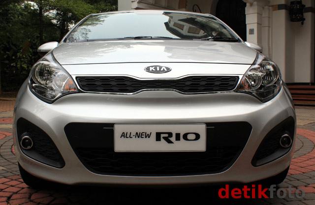 KIA Luncurkan Hatchback Rio