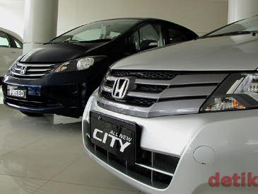 http://images.detik.com/content/2011/11/01/1207/honda-in.jpg
