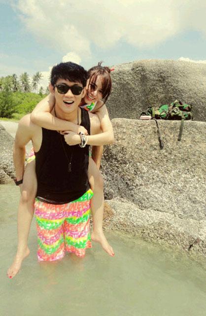 Foto Mesra Ifan 'Seventeen' & Seorang Model