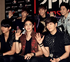 '2PM HANDS UP ASIA TOUR'