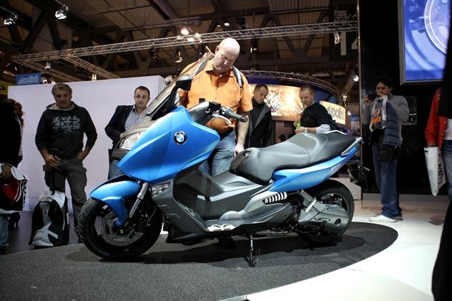 2 Skutik Bongsor BMW