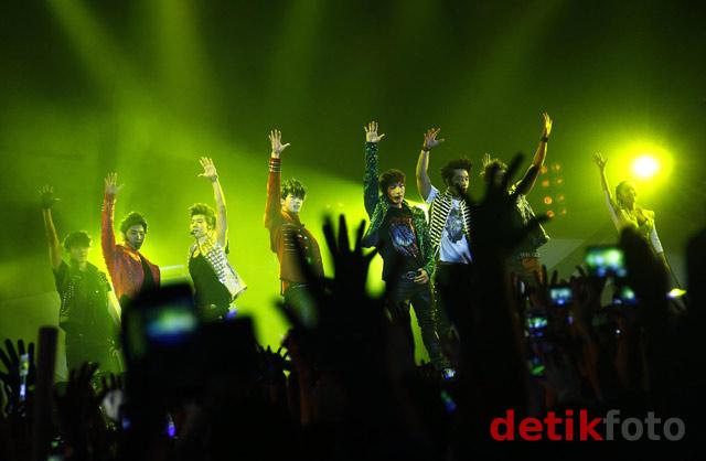 Konser Hands Up 2PM di Jakarta