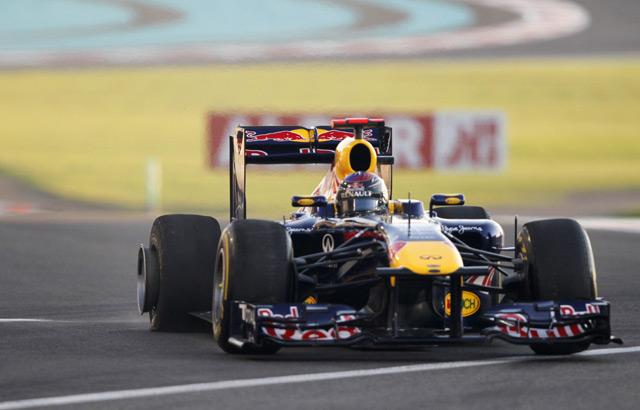 Hamilton Tampil Tercepat di Abu Dhabi
