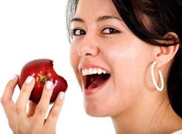 Apel Menyebabkan Gigi Berlubang?