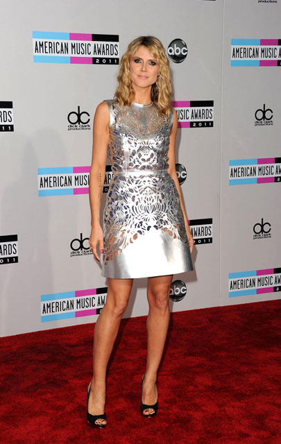 Artis-artis di Red Carpet American Music Awards 2011