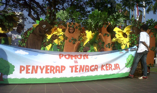 Parade Lingkungan Hidup di Balai Kota