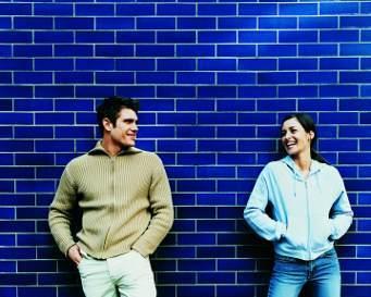 http://images.detik.com/content/2011/11/29/852/181701_cintapertama.jpg