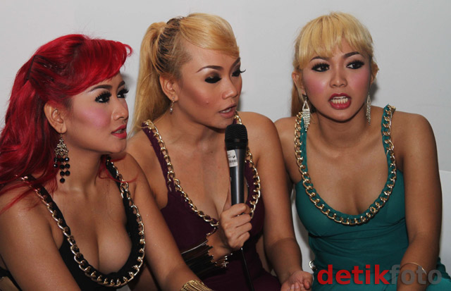 Trio Macan Hot http://voice.riotlabs.com.br/assets/1-trio-macan-hot
