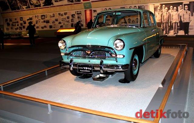 Melongok Museum Toyota di Jepang