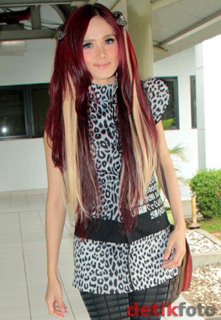 Rambut Aneh Mulan Jameela