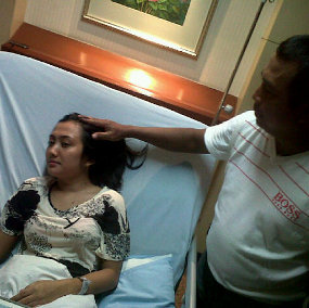 Video Rekaman CCTV Insiden Suster Ngesot Apartemen Bandung