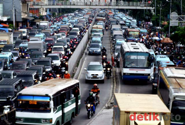 Kian Hari Jakarta Super Macet!