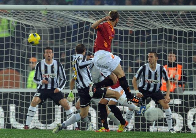 Roma dan Juventus Berbagi Poin