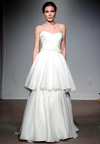 125722 wedding2  Tren Gaun Pengantin Tahun 2012
