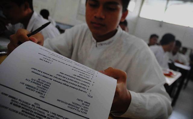 Siswa SMKN 26 Jakarta Ikuti Ujian Akhir
