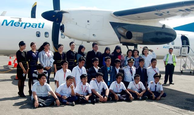 Merpati Dikunjungi Siswa SMP