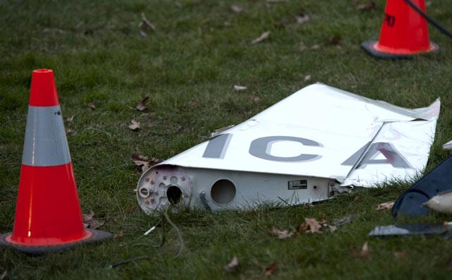 Pesawat Jatuh di New York, 5 Orang Tewas